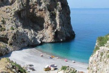 evia-beach-vithouri The Greek Taxi